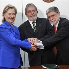 ap-Hillary-Clinton-Luiz-Inacio-Lula-da-Silva-Celso-Amorim-Brazil_eng3mar101